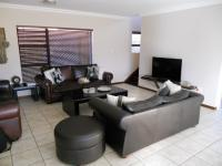 Lounges - 41 square meters of property in Mossel Bay