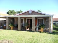 3 Bedroom 2 Bathroom in Hartenbos
