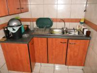 Kitchen - 16 square meters of property in Hartenbos