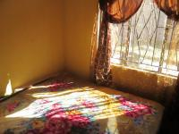 Main Bedroom - 10 square meters of property in Lenasia South