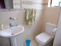 Main Bathroom of property in Shallcross
