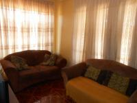 Lounges - 29 square meters of property in Soshanguve