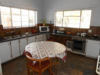 Kitchen - 22 square meters of property in Welkom