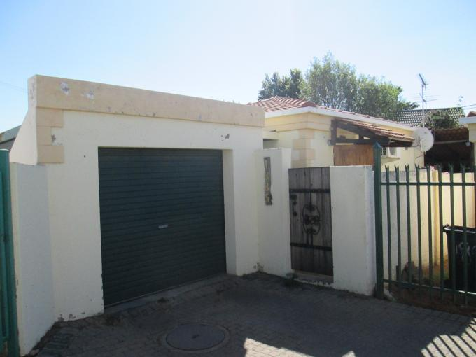 3 Bedroom Sectional Title for Sale For Sale in Midrand - Private Sale - MR111953