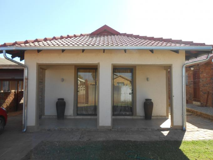 3 Bedroom House For Sale in Soshanguve - Home Sell - MR111969