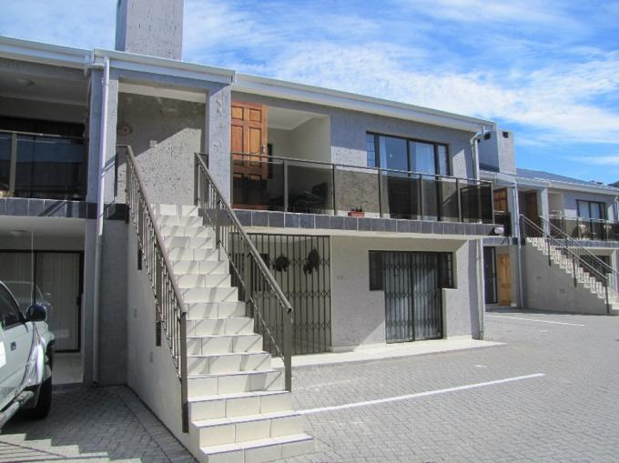 2 Bedroom Apartment for Sale For Sale in Mossel Bay - Private Sale - MR111983