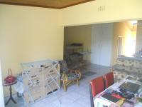 Dining Room - 20 square meters of property in Port Edward