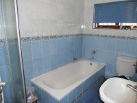 Main Bathroom - 6 square meters of property in Durban Central