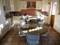 Kitchen - 26 square meters of property in Mangold Park