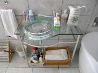 Bathroom 1 - 7 square meters of property in Mangold Park