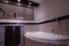 Main Bathroom - 7 square meters of property in Woodlands Lifestyle Estate
