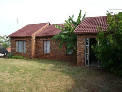 3 Bedroom House for Sale For Sale in Philip Nel Park - Home Sell - MR11208