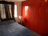 Main Bedroom - 10 square meters of property in Phoenix