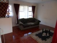 Lounges - 39 square meters of property in Hibberdene