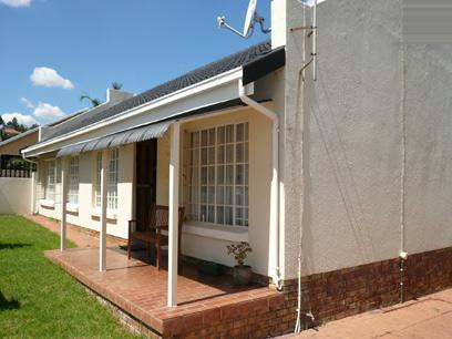 3 Bedroom Duet for Sale For Sale in Garsfontein - Private Sale - MR11213