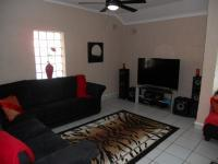 Lounges - 84 square meters of property in La Lucia