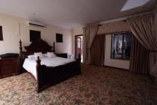 Main Bedroom - 48 square meters of property in Silver Lakes Golf Estate