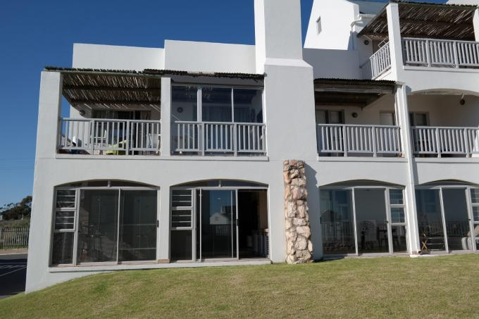 2 Bedroom House for Sale For Sale in Langebaan - Home Sell - MR112139