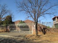 3 Bedroom 2 Bathroom in Vanderbijlpark