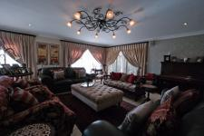 Lounges - 78 square meters of property in The Wilds Estate