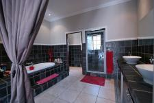 Main Bathroom - 15 square meters of property in Woodlands Lifestyle Estate