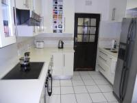 Kitchen - 9 square meters of property in Umhlanga Rocks