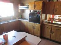 Kitchen - 21 square meters of property in Secunda