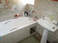 Bathroom 1 - 6 square meters of property in Secunda