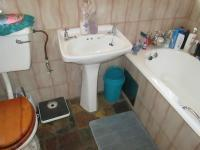 Main Bathroom - 5 square meters of property in Secunda
