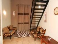 Lounges - 15 square meters of property in Castleview