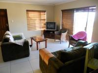 Lounges - 29 square meters of property in Mossel Bay
