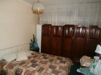 Bed Room 1 of property in Alberton