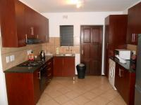 Kitchen - 8 square meters of property in Albertsdal