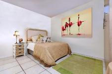 Main Bedroom - 13 square meters of property in Ruimsig