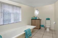Bathroom 1 - 6 square meters of property in Ruimsig