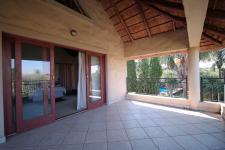 Patio - 112 square meters of property in Woodhill Golf Estate