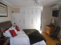 Main Bedroom - 30 square meters of property in Athlone Park