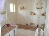 Bathroom 2 - 6 square meters of property in Athlone Park