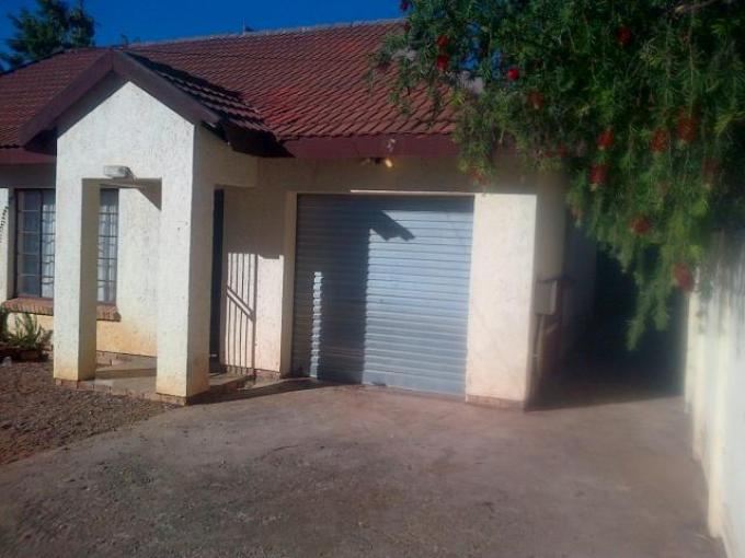 3 Bedroom House For Sale in Modimolle (Nylstroom) - Home Sell - MR112525