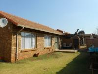2 Bedroom 2 Bathroom House for Sale for sale in Willow Park Manor