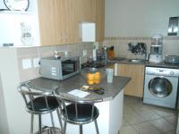Kitchen - 8 square meters of property in The Orchards
