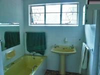Bathroom 1 - 6 square meters of property in Fairlands