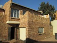 3 Bedroom 2 Bathroom in La Rochelle - JHB