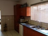 Kitchen - 18 square meters of property in Wierdapark