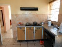 Kitchen - 14 square meters of property in Germiston South