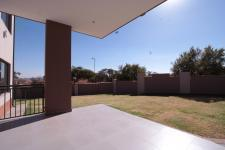Patio - 55 square meters of property in The Wilds Estate