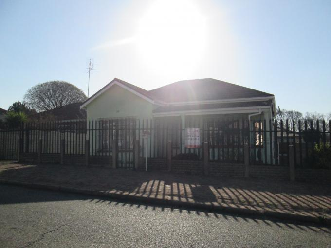 Absa Bank Trust Property House for Sale For Sale in Brakpan - MR112768