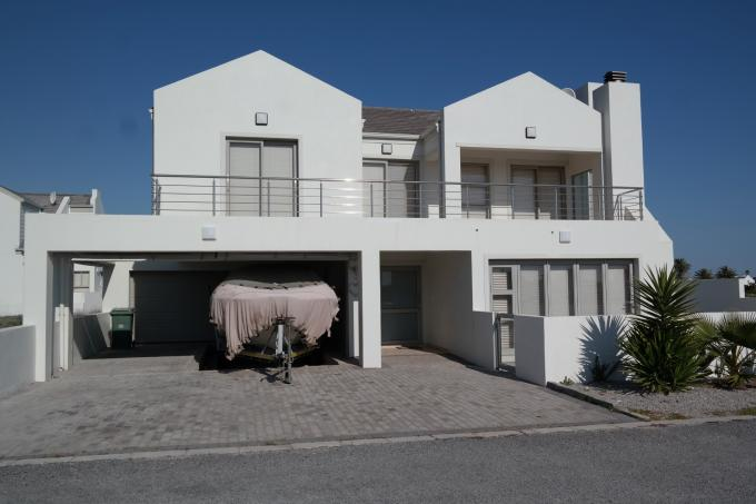 4 Bedroom House for Sale For Sale in Vredenburg - Private Sale - MR112803