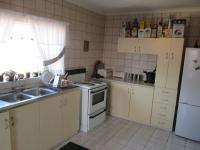 Kitchen - 18 square meters of property in West Acres
