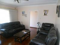 Lounges - 24 square meters of property in Tongaat